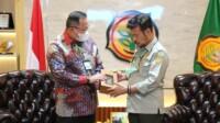 dodi reza bertemu dengan menteri pertanian di jakarta, kamis (28/1)