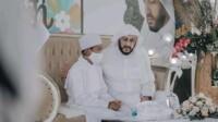 Syekh Ali Jaber dan anak angkatnya