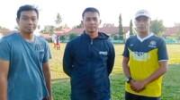 SSB Mutiara Prabu dan Perdana Sukaraja melaksanakan sesi latihan bersama dengan SSB Muara Dua dilapangan sepak bola kelurahan Muara Dua Kecamatan Prabumulih Timur Kota Prabumulih Sumsel, Sabtu (23/1/2021) sore.