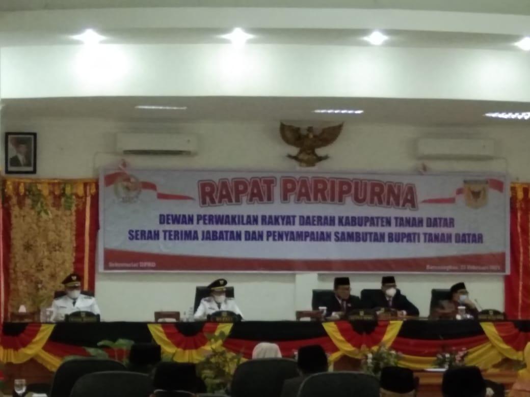 Rapat Paripurna di DPRD Tanah Datar Sumbar yang diikuti oleh Bupati Tanah Datar Eka Putra (M Rafi / Mattanews.co)