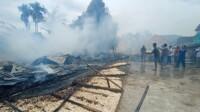 Pabrik kerupuk di Jalan Dwikora Palembang ludes terbakar si jago merah (Dede Febryansyah / Mattanews.co)