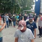 Para juru parkir (jukir) liar di Kota Palembang Sumsel diamankan aparat kepolisian (Dede Febryansyah / Mattanews.co)