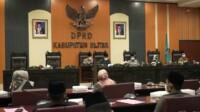 Rapat Paripurna di DPRD Kabupaten Blitar Jawa Timur (Jatim) (Robby / Mattanews.co)