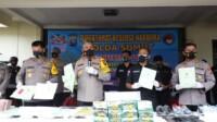 Kapolda Sumut Irjen Martuani Sormin menggelar konferensi pers terkait penangkapan bandar narkoba Man Batak di Sumut (Tison / Mattanews.co)