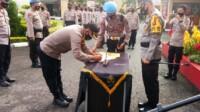 Kapolres Prabumulih, AKBP Siswandi SH,. SIk,.MH usai penandatanganan fakta integritas keseluruh personil baik Bintara hingga Perwira