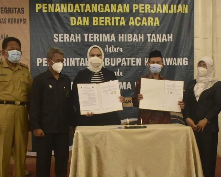 Bupati Karawang hadiri pisah sambut Ketua Pengadilan Agama Karawang.