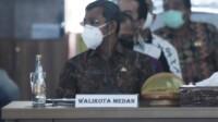 Plh Kota Medan saat mengikuti rakor pencegahan korupsi pada pelayanan publik (Dok. Humas Diskominfo Medan / Mattanews.co)