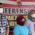 Kapolres Cianjur, AKBP Mochamad Rifai, S.I.K., M.Krim saat konferensi pers kasus korupsi dana desa.
