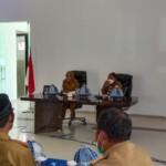 bupati dan wakil bupati Mamuju Hj.Sitti Sutinah Suhardi dengan Ado Mas'ud menggelar pertemuan dengan seluruh pimpinan perangkat daerah (OPD) lingkup Pemkab Mamuju.