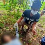 Warga balatedong Kec. Kalukku Kab. Mamuju digegerkan dengan penemuan sesosok Jenazah laki-laki yang tergantung pada seutas tali nilon diatas pohon jeruk pada hari Jum'at (5/3/2021) kemarin.