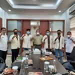 Pimpinan Daerah Kesatuan Mahasiswa Hindu Dharma Indonesia (PD KMHDI) Sumatera Selatan diterima oleh Bupati Musi Banyuasin Dr. H. Dodi Reza, Lic.Econ, MBA di kantor Pemerintah Kabupaten Musi Banyuasin dalam rangka menjalin silaturahmi sekaligus menyampaikan kegiatan Mahasabha (Kongres Nasional) XII KMHDI yang akan dilaksanakan pada 18 Maret 2021 di Cisarua, Bogor.