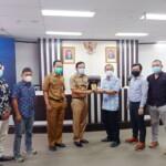 Walikota (Wako) Prabumulih Ir. H. Ridho Yahya MM yang didampingi oleh Sekda Elman ST menerima kunjungan dari Komisi III DPRD Kabupaten Bangka Tengah Provinsi Babel.