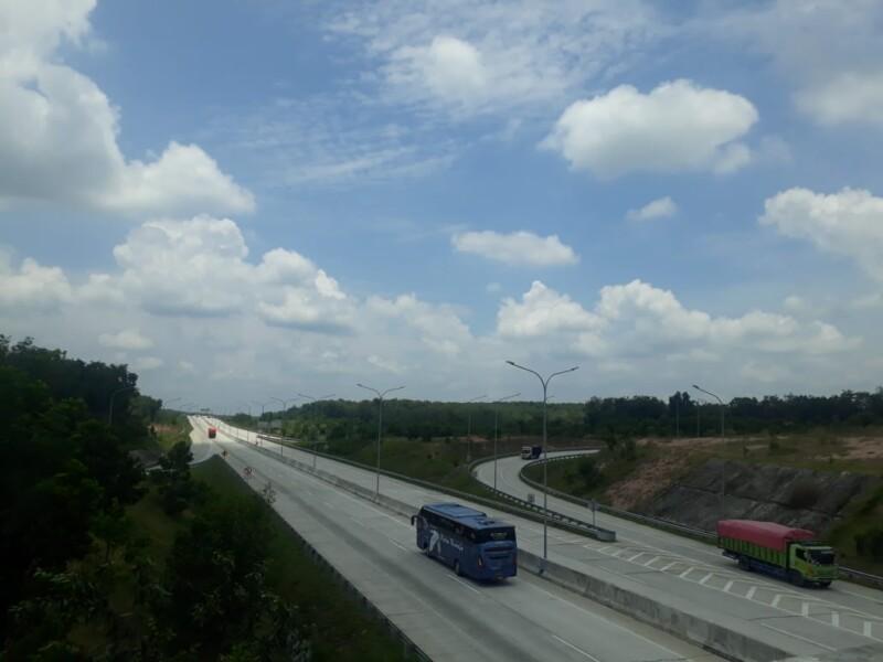Salah satu jalur tol Trans Sumatra di Waykenanga, Lampung yang sudah berfungsional menghubungkan Sumsel dan Lampung.