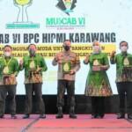 Bupati Karawang, dr. Hj. Cellica Nurrachadiana dan Wakil Bupati H. Aep Syaepuloh menghadiri acara Musyawarah Cabang (Muscab) Badan Pengurus Cabang Himpunan Pengusaha Muda Indonesia (BPC HIPMI) ke-VI Kabupaten Karawang, Minggu (28/3/2021) di Resinda Hotel.