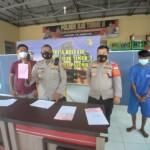 PPY, tersangka pembacokan temannya di Pasar Tradisional 16 Ilir Palembang diciduk anggota Polsek IT II Palembang Sumsel (Dede Febryansyah / Mattanews.co)