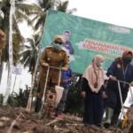 Bupati Mamuju menghadiri kegiatan launching diseminasi teknologi Badan Litbang Pertanian dan agro inovasi super tani di kecamatan Papalang kabupaten Mamuju Selasa, ( 6/4/ 2021).