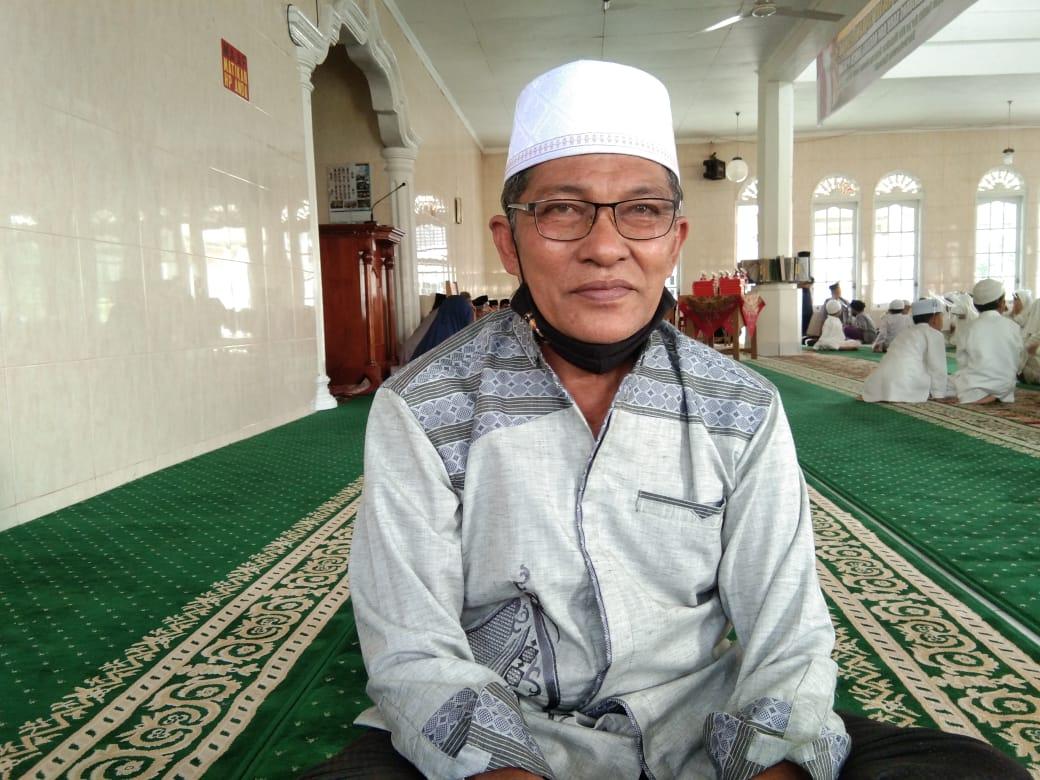 Ediwarman mengajarkan ratusan muridnya untuk mendalami ilmu Agama Islam di Rumah Tahfidz ABD Manan Tanjung Alam Tanah Datar (M Rafi / Mattanews.co)