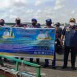 Dinas Perhubungan (Dishub) Kabupaten Kapuas bersama Satuan Polisi Perairan (Satpolair) Kabupaten Kapuas melakukan kegiatan sosialisasi dan pemeriksaan kapal Feri penyeberangan (Angga / Mattanews.co)