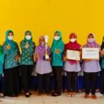 Ketua TP-PKK Kota Prabumulih, Ir. Hj. Suryanti Ngesti Rahayu melaksanakan agenda kerjanya ke Desa karya mulya Kecamatan Rambang Kapak Tengah (RKT) Kota Prabumulih Sumatera Selatan, Kamis (20/5/2021).