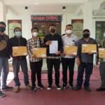 Front Mahasiswa Revolusioner (FMR) Blitar Jawa Timur (Jatim), melaporkan Komite Olahraga Nasional Indonesia (KONI) Kota Blitar ke Kejaksaan Negeri (Kejari) Blitar (Robby / Mattanews.co)