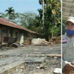 Plt Bupati Merangin Mashuri menyerahkan bantuan ke dua kepala keluarga, yang rumahnya hangus terbakar si jago merah (Yulisman / Mattanews.co)