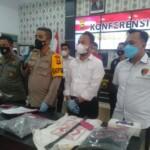 Polres Merangin Jambi menggelar ungkap kasus pembunuhan Plt Kepala BPBD Merangin Jambi (Yulisman / Mattanews.co)